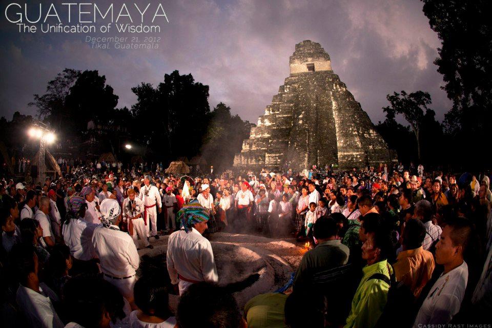 Posvátné ohně Guatemala - Tikal - 21.12.2012